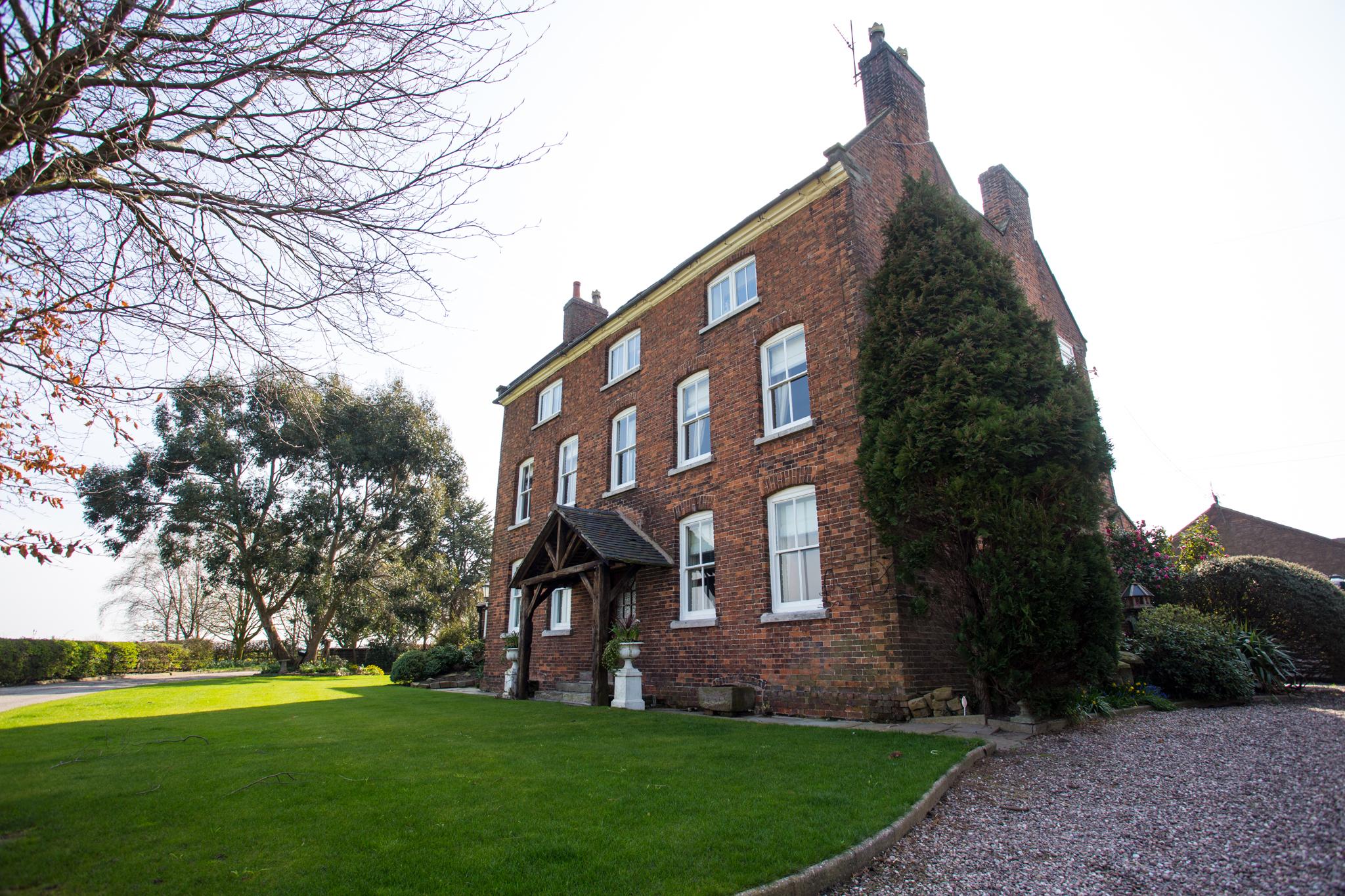 Domvilles Farm Guest House